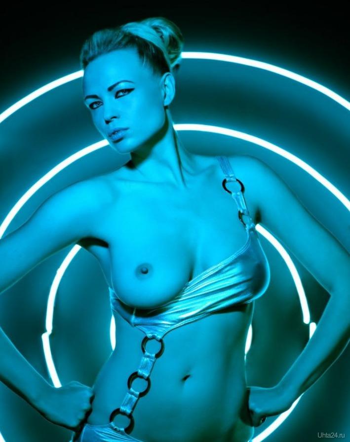 neon-erotika-foto